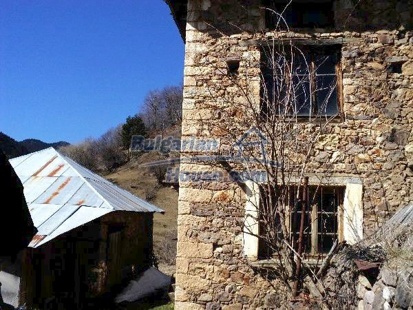 11232:3 - Nice property with a garden in a mountainous region