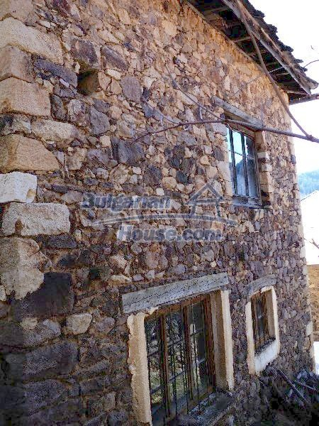 11232:7 - Nice property with a garden in a mountainous region