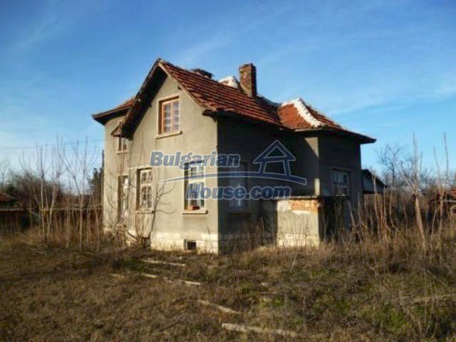 11235:1 - Large house in very good condition near Vratsa