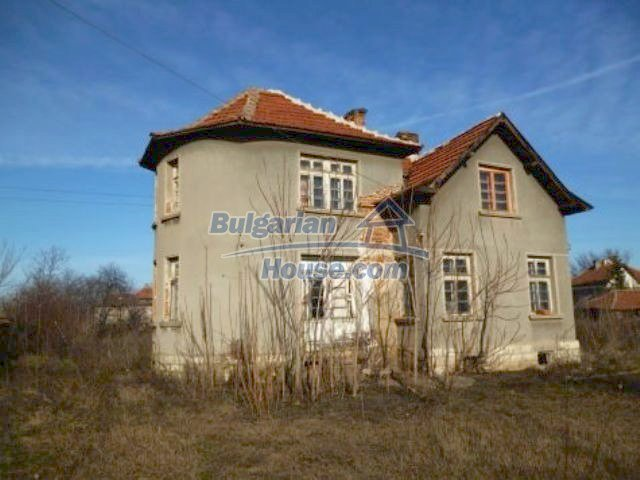 11235:4 - Large house in very good condition near Vratsa