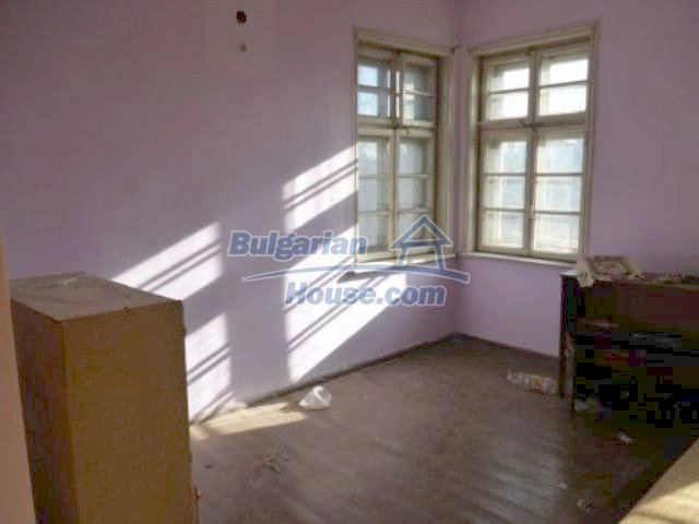 11235:21 - Large house in very good condition near Vratsa