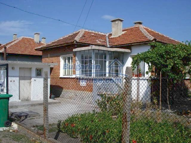 11238:1 - Single-storey house in very good condition in Elhovo