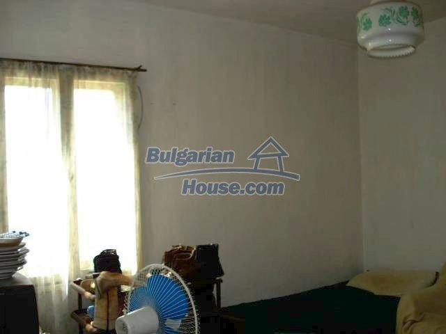11238:3 - Single-storey house in very good condition in Elhovo