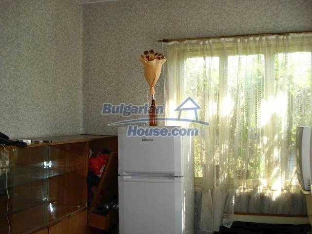 11238:6 - Single-storey house in very good condition in Elhovo