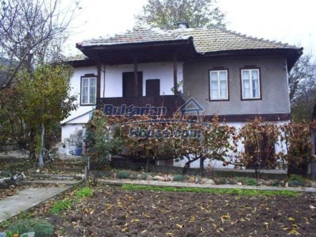 11246:1 - Traditional Bulgarian recently renovated house near Vratsa