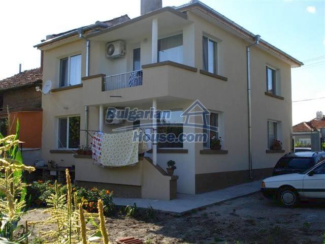 11251:1 - Renovated house in excellent condition in Elhovo