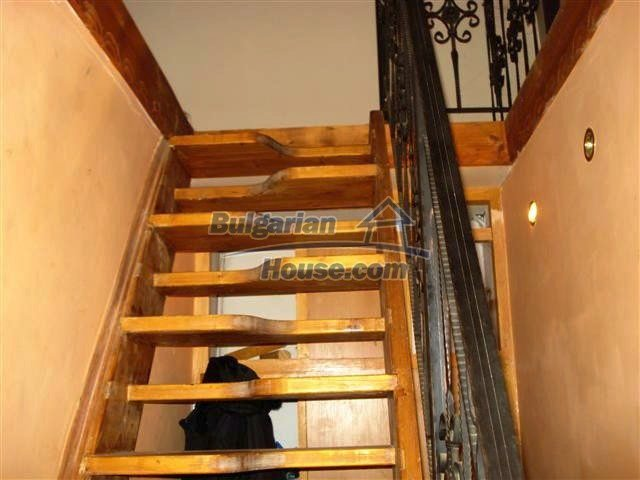 11254:18 - Gorgeous furnished and renovated rural house near Elhovo