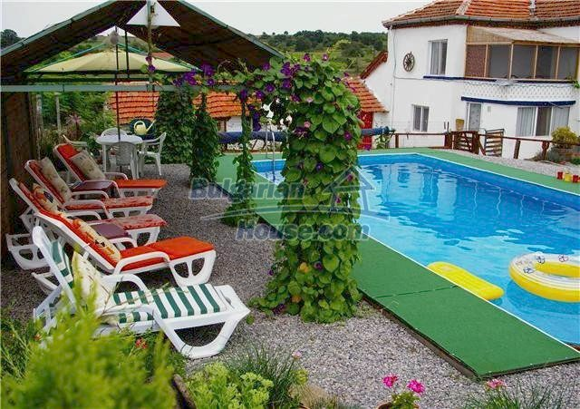 11262:1 - Gorgeous furnished house with a swimming pool near Elhovo