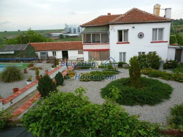 11262:2 - Gorgeous furnished house with a swimming pool near Elhovo