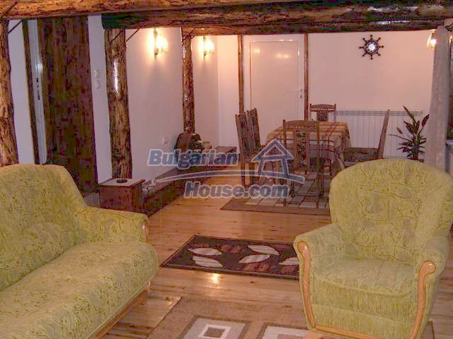 11262:21 - Gorgeous furnished house with a swimming pool near Elhovo