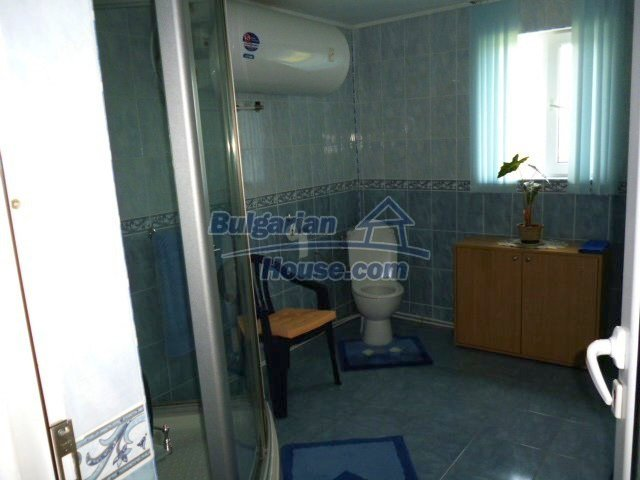 11262:15 - Gorgeous furnished house with a swimming pool near Elhovo