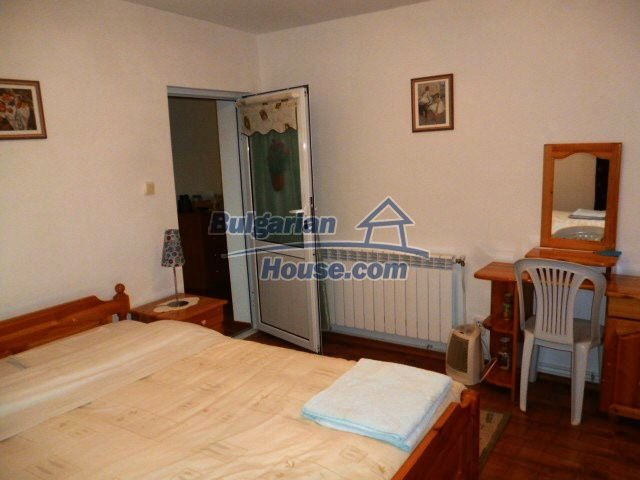 11262:18 - Gorgeous furnished house with a swimming pool near Elhovo