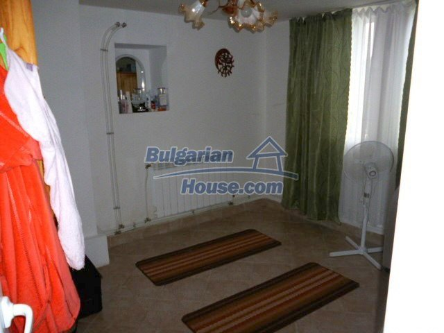 11262:19 - Gorgeous furnished house with a swimming pool near Elhovo