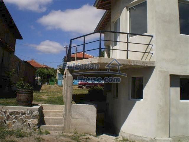 11269:3 - Nice house in a green countryside near the sea and Burgas
