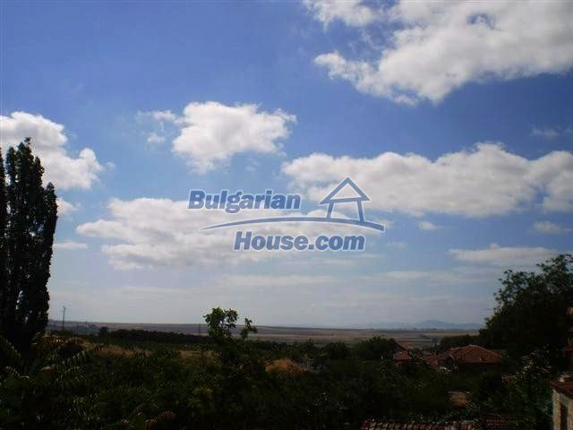 11269:4 - Nice house in a green countryside near the sea and Burgas
