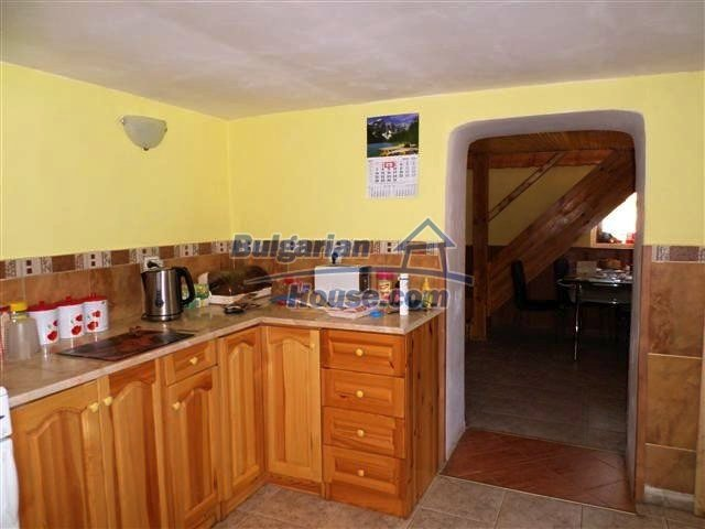11273:7 - Cheap furnished and equipped rural house near Elhovo