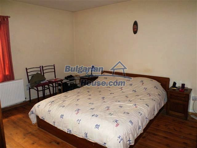 11273:18 - Cheap furnished and equipped rural house near Elhovo