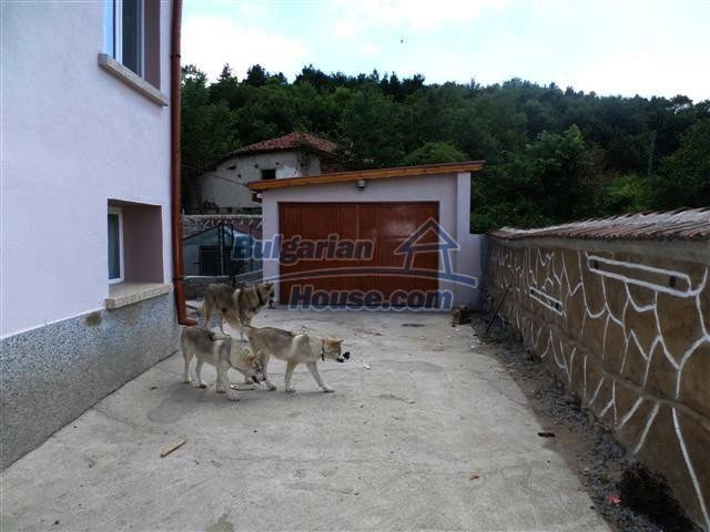 11273:21 - Cheap furnished and equipped rural house near Elhovo