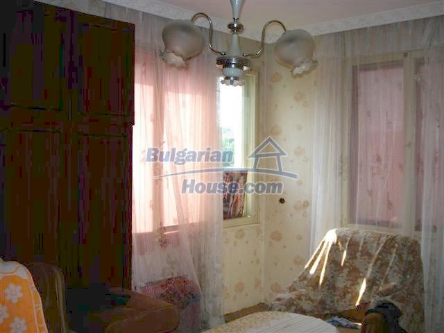 11278:6 - Property in very good condition in the town center of Elhovo