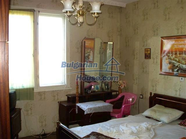 11278:9 - Property in very good condition in the town center of Elhovo