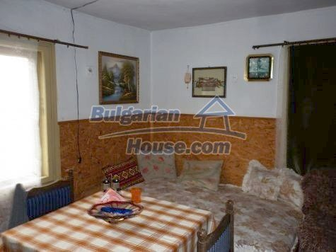 11281:17 - Nice authentic rural house 8 km away from Vratsa