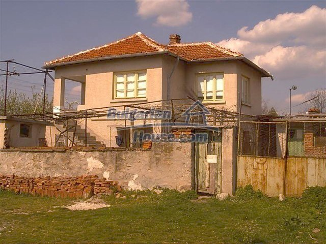 11283:1 - Cozy furnished rural house near a mountain in Yambol region