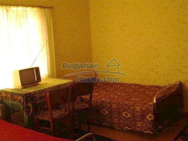 11283:5 - Cozy furnished rural house near a mountain in Yambol region