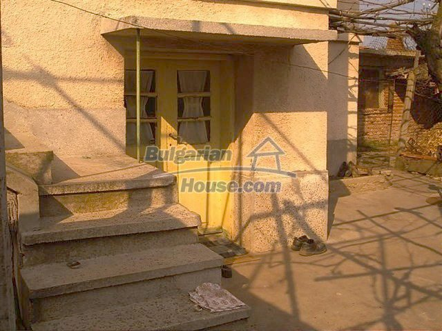 11283:12 - Cozy furnished rural house near a mountain in Yambol region