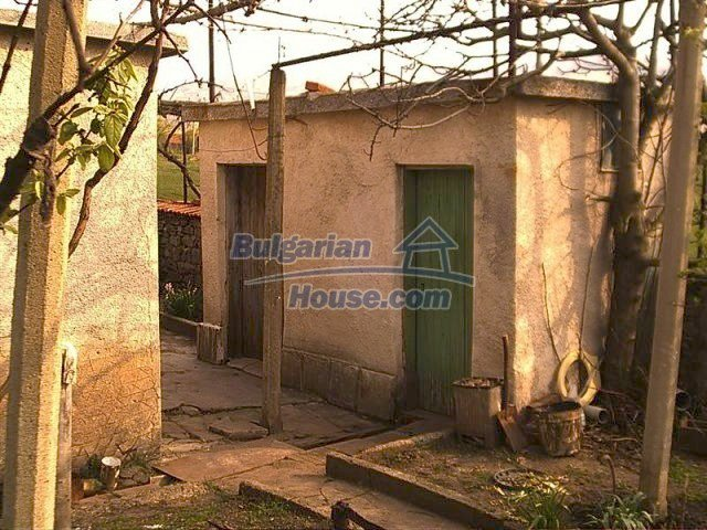 11283:13 - Cozy furnished rural house near a mountain in Yambol region
