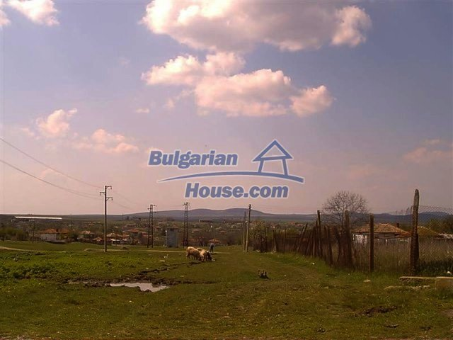 11283:18 - Cozy furnished rural house near a mountain in Yambol region