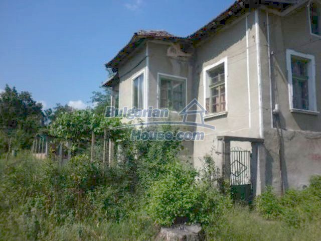 11286:3 - Old rural house in good condition near Vratsa