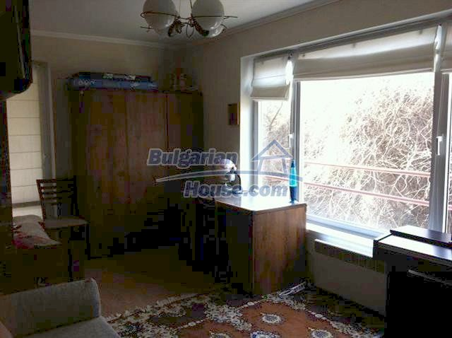 11289:9 - Spacious partly furnished seaside apartment in Burgas