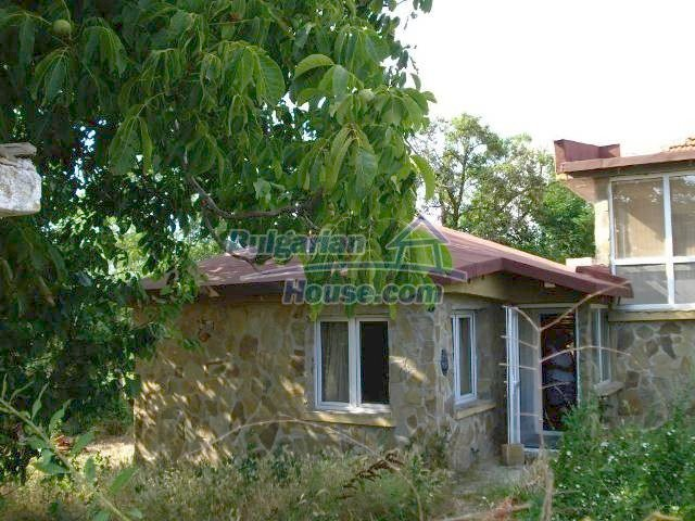 11290:6 - Very well presented rural house in Yambol region