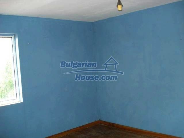 11290:10 - Very well presented rural house in Yambol region