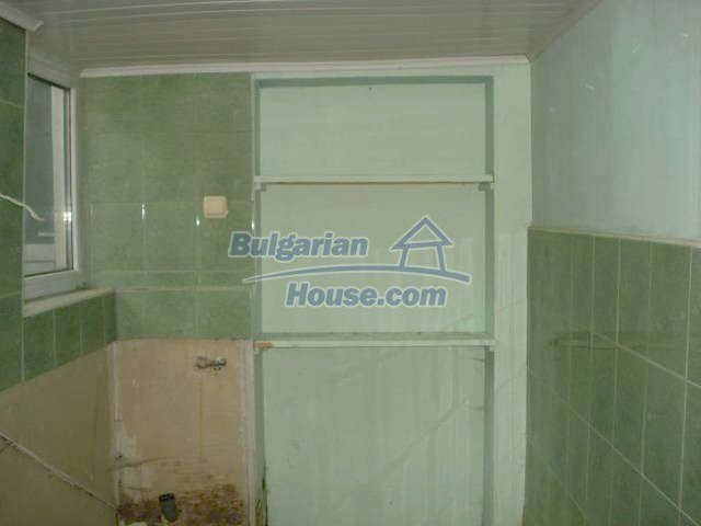 11290:18 - Very well presented rural house in Yambol region