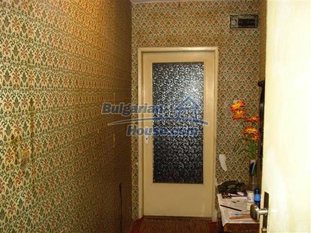 11294:4 - Cozy and cheap apartment in good condition in Elhovo