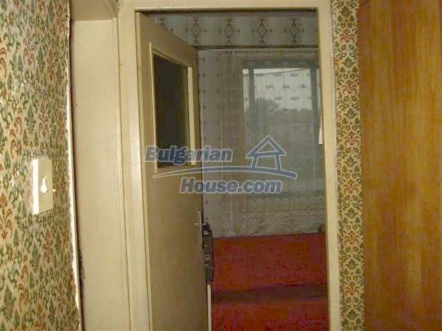 11294:5 - Cozy and cheap apartment in good condition in Elhovo