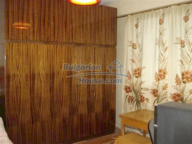 11294:6 - Cozy and cheap apartment in good condition in Elhovo