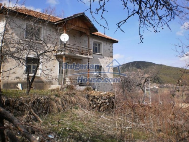 11296:1 - Charming house close to the beautiful spa resort of Banite