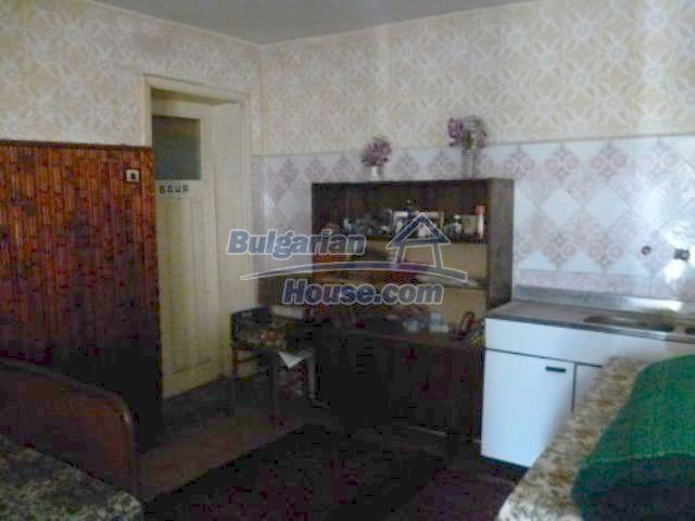 11310:12 - Well maintained rural house with a vast garden 18 km from Vratsa