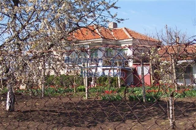 11314:2 - Beautiful rural house for sale in Elhovo region
