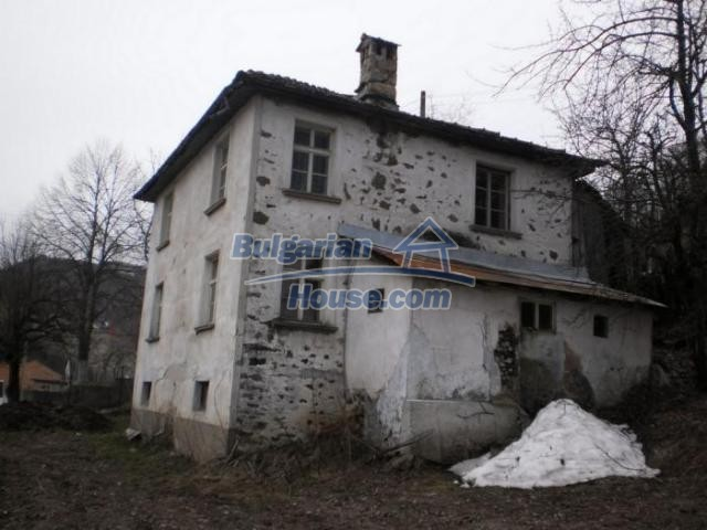 11324:4 - Two-storey house with a large sunny garden in a mountain