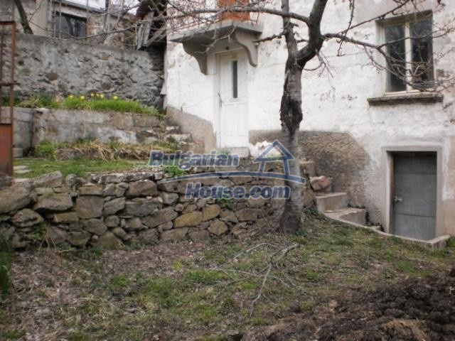 11324:9 - Two-storey house with a large sunny garden in a mountain