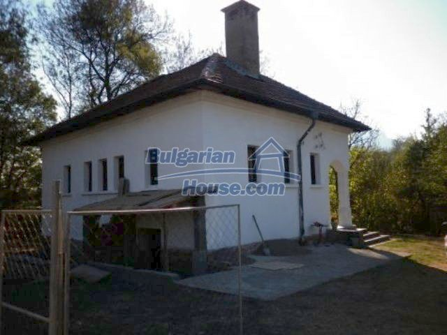 11326:2 - Charming rural house in good condition near Vratsa