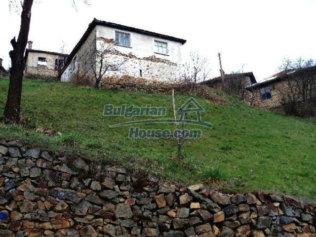 11334:7 - House with a sunny garden in the Rhodope Mountains