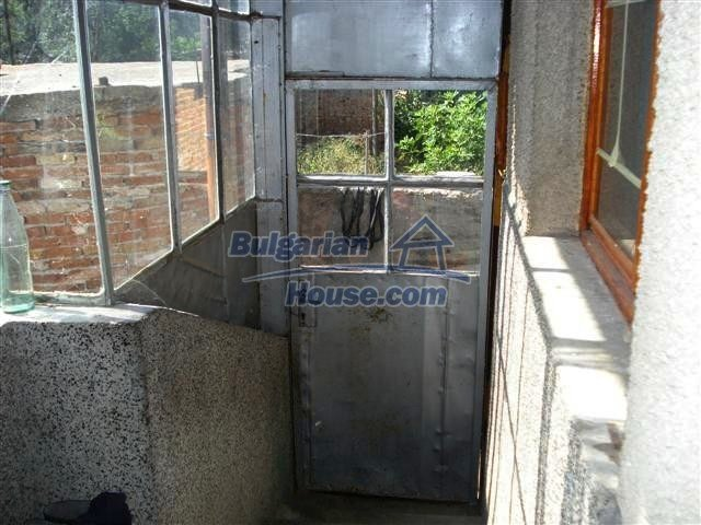 11338:11 - Well presented house with communicative location in Elhovo