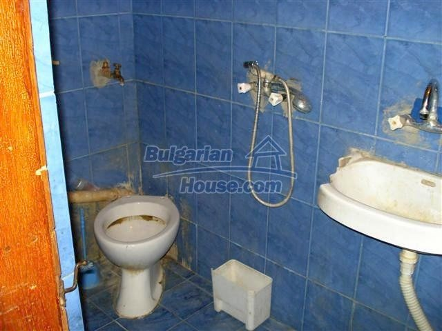 11338:12 - Well presented house with communicative location in Elhovo