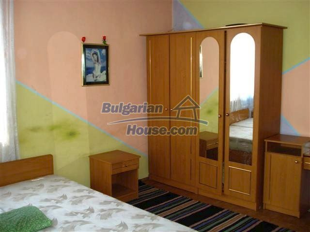 11338:10 - Well presented house with communicative location in Elhovo