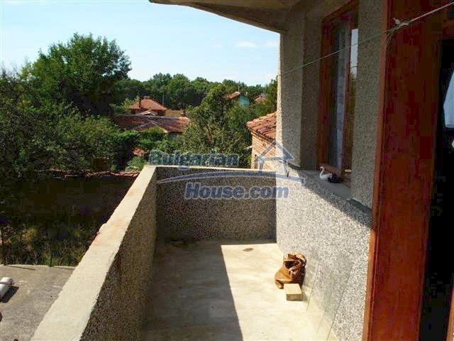 11338:17 - Well presented house with communicative location in Elhovo