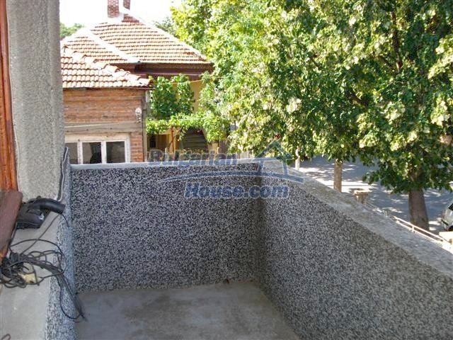 11338:20 - Well presented house with communicative location in Elhovo
